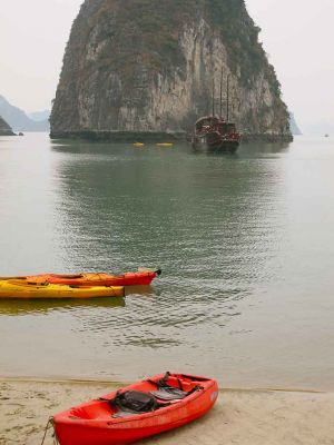 KayaksVietnamVertical.jpg